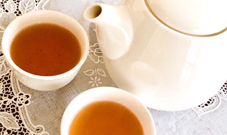 ほうじ茶をゆっくり飲む