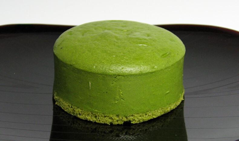 【マツコの知らない世界】にて、紹介された千紀園(せんきえん)の宇治抹茶チーズケーキ