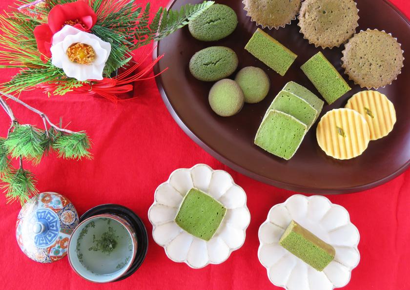 上質な宇治抹茶を贅沢に使用した抹茶の焼き菓子を囲んで団らんのひとときを
